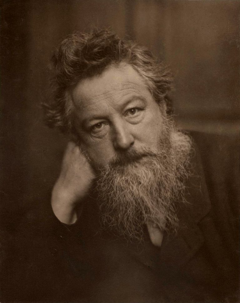 Design Luminy William-Morris-par-Frederick-Hollyer-1887-age-53-768x967 William Morris - Comment nous vivons. Comment nous pouvons vivre. Textes  William Morris Arts & Crafts   Design Marseille Enseignement Luminy Master Licence DNAP+Design DNA+Design DNSEP+Design Beaux-arts